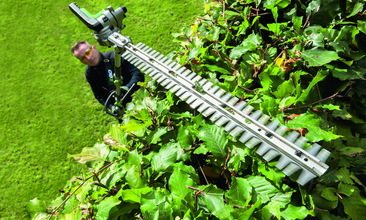 Multi_Tool_Hedge_Trimmer_4_resize